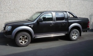 FORD RANGER 2.5 TDCI*2 CAB* PANTHER BLACK*COVER TOP*GPS