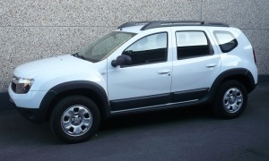 DACIA DUSTER 1.6i*4WD*LAUREATE*AIRCO*PACK OFF-ROAD