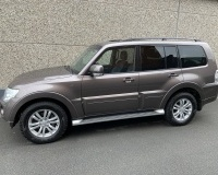MITSUBISHI PAJERO 3.2 DID*INSTYLE*BTE A/T*7 PL