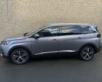 PEUGEOT 5008 1.2i*BTE AUTO*7 PLACES*CUIR*PANO