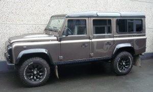 LAND ROVER DEFENDER 2.2 TD4*EXCLUSIVE EDITION